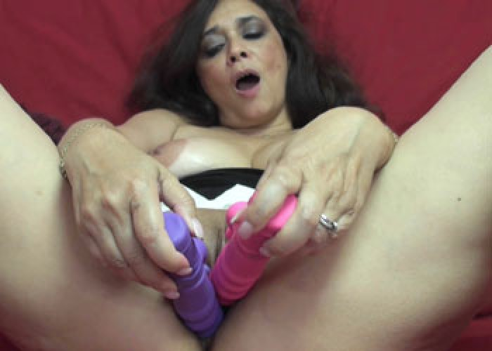 Busty wife Alesia fucks two toys