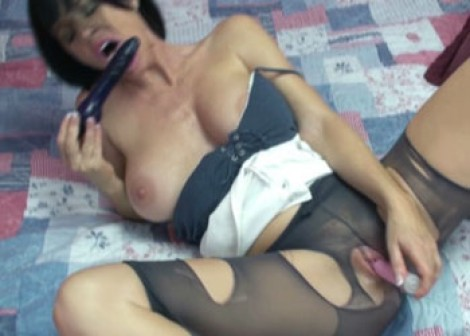 Melissa plays in pantyhose